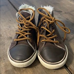 Gymboree Toddler Boy Lined Boots